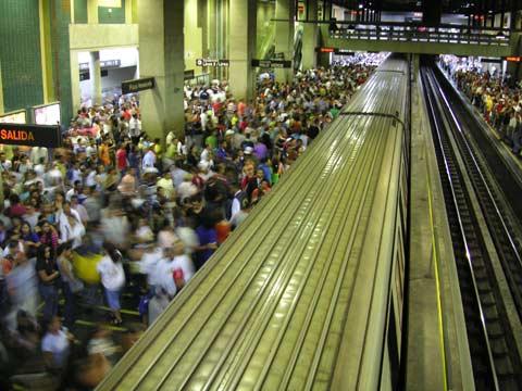 Miasta bardziej ekologiczne od wsi - metro