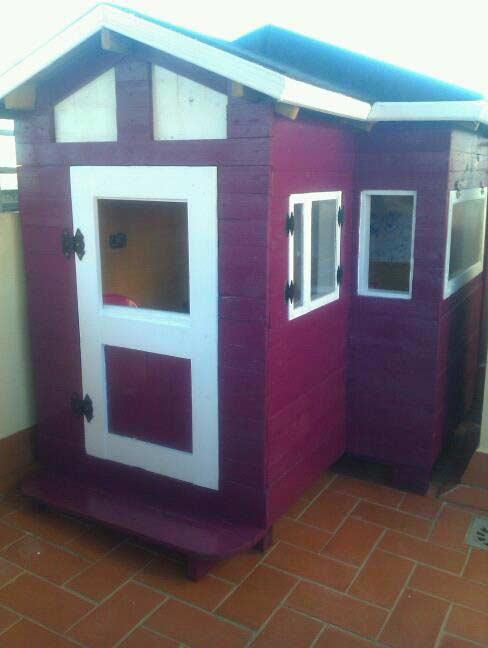 Domek z palet dla dziecka