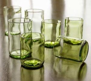 Szklanki z butelek