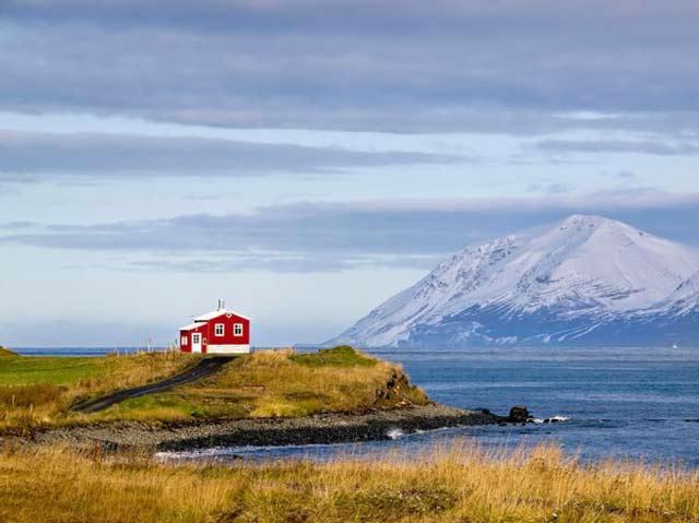 Samotny dom Islandia