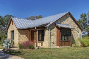 Dach solarny